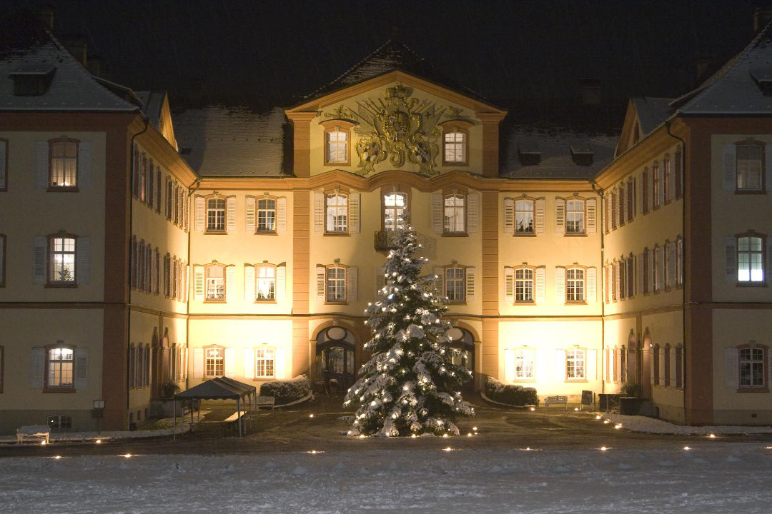 attraktion_schloss_winter_1080x720.jpg